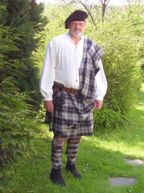 Kilt, Plaid